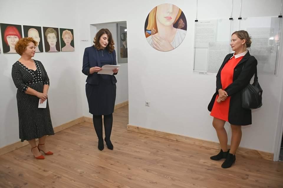 U Galeriji Mihailo Milovanović otvorena izložba slika beogradske slikarke Maje Milovanović