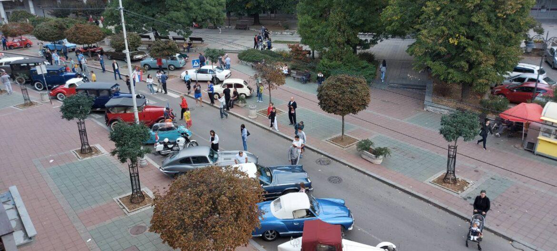 Oldtajmeri u centru Mladenovca (video)