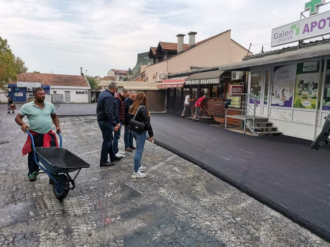 Rekonstruisan parking prostor u centru Mladenovca